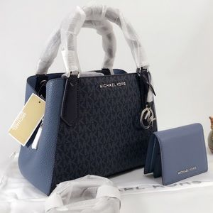 NWT Michael Kors Kimberly Small And Wallet